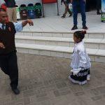 NIÑOS DEL PRONOEI LAS FRESITAS ( ALTO PERÚ) VISITAN AL ALCALDE FERNANDO ALVARADO MORENO